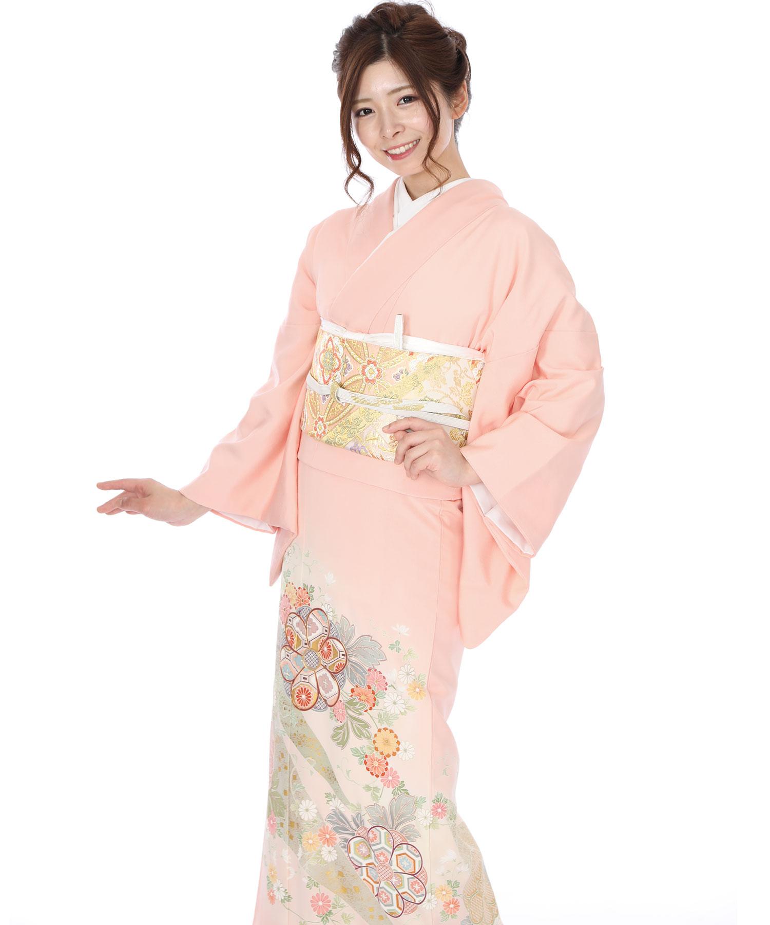 色留袖レンタル|ピンクに熨斗目と花