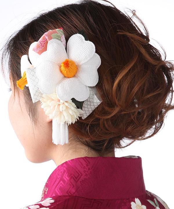髪飾りレンタル|レトロ白椿とつまみ細工|KZ0003