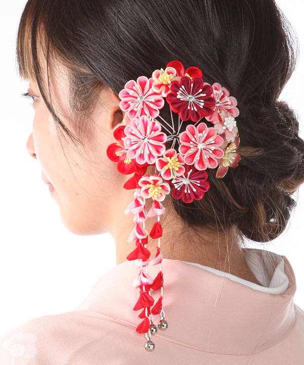 髪飾りレンタル 赤とピンクのつまみ藤下がり