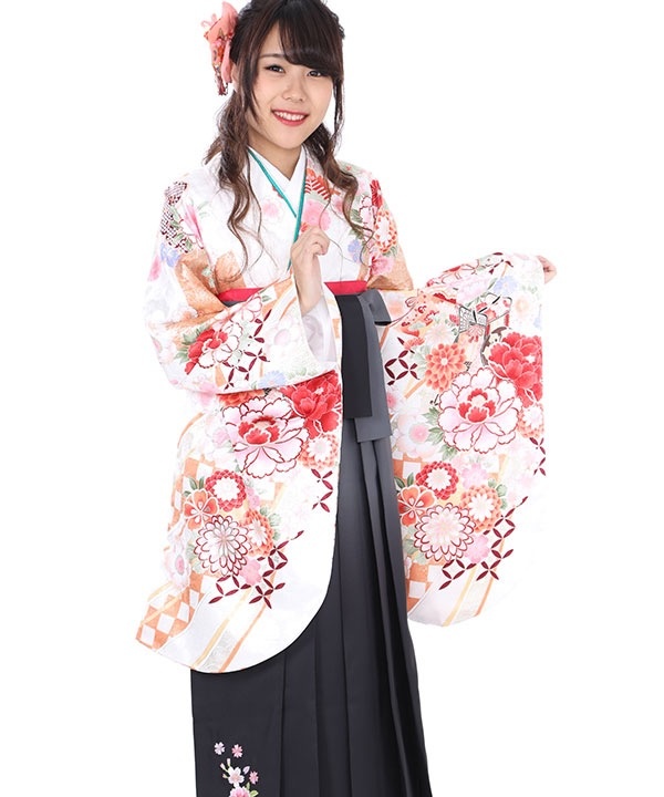 卒業式袴レンタル|白に熨斗御所車着物×グレーグラデ刺繍袴