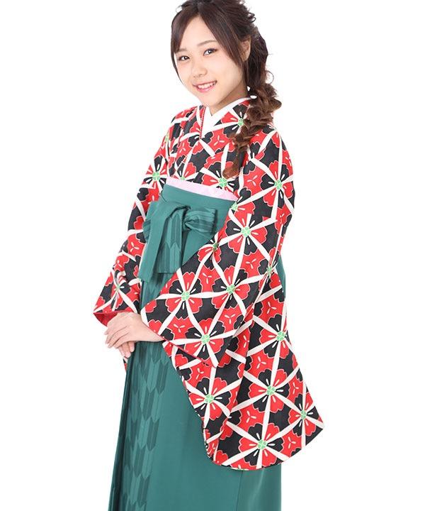 卒業式袴レンタル 赤黒地の桜着物×緑矢絣袴