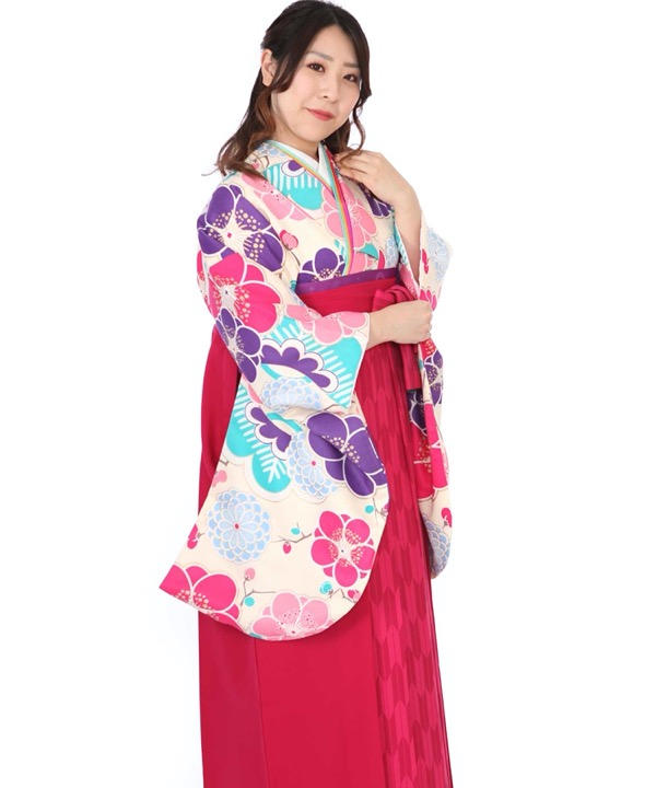 卒業式袴レンタル クリーム地に梅着物×ピンク矢絣袴