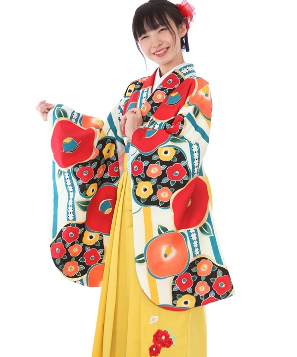卒業式袴レンタル クリーム地ストライプに椿着物×黄色椿刺繍袴